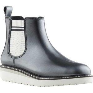 COUGAR Kensington Silver Metallic Rainboots sz 10
